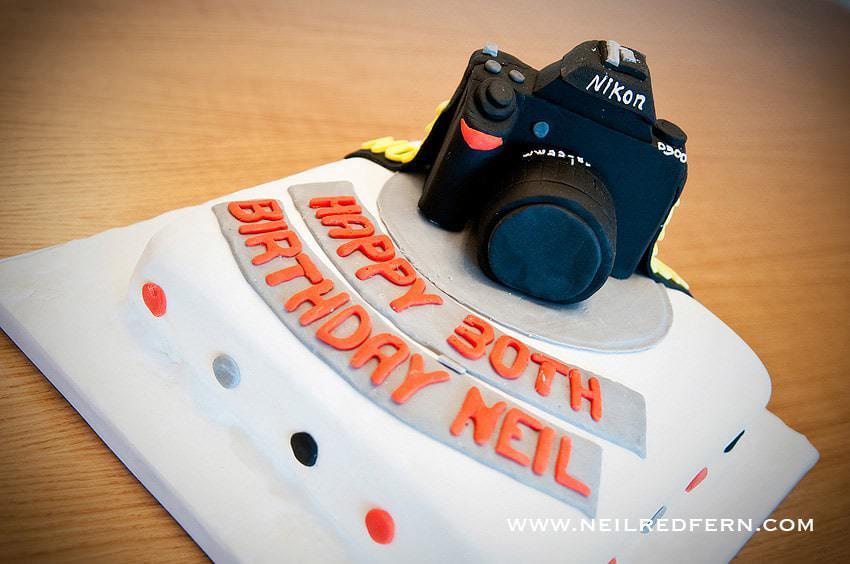 nikon-camera-birthday-cake-11