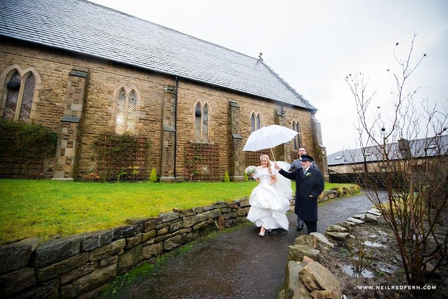St Mary's Church Bacup wedding 15