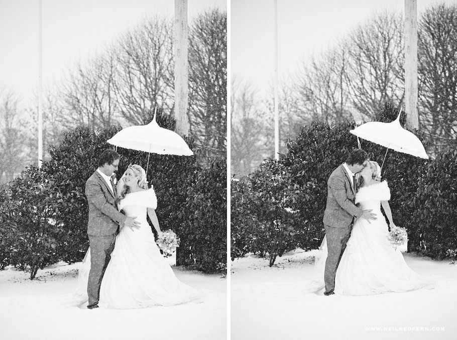 Wedding photographs in the Snow 01