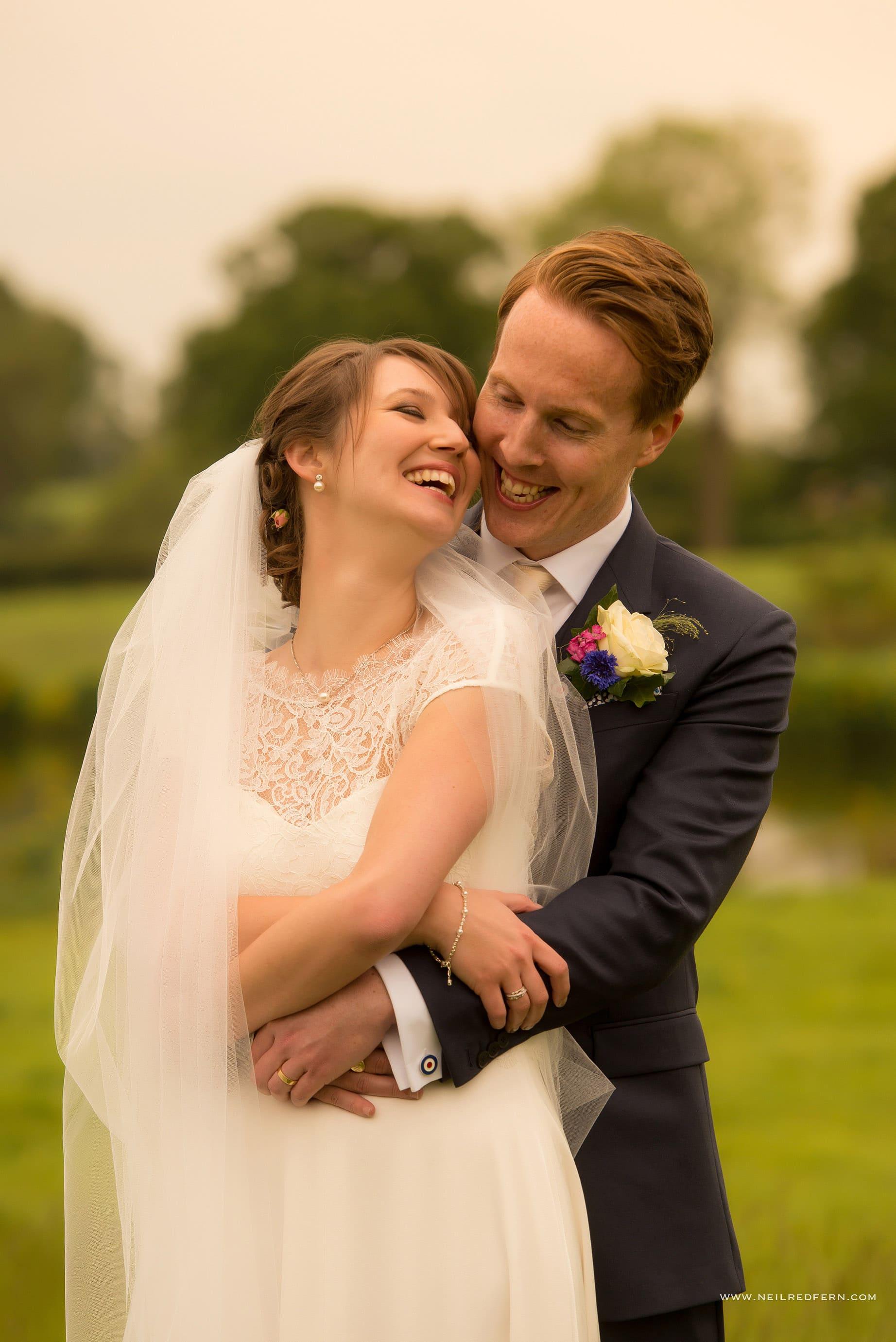 Sandhole Oak Barn wedding photographer 09