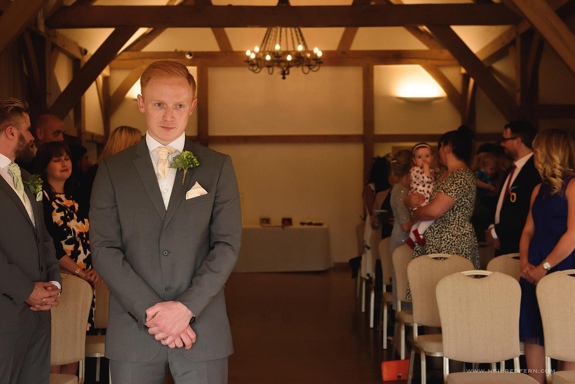 sandhole oak barn wedding photographer 12