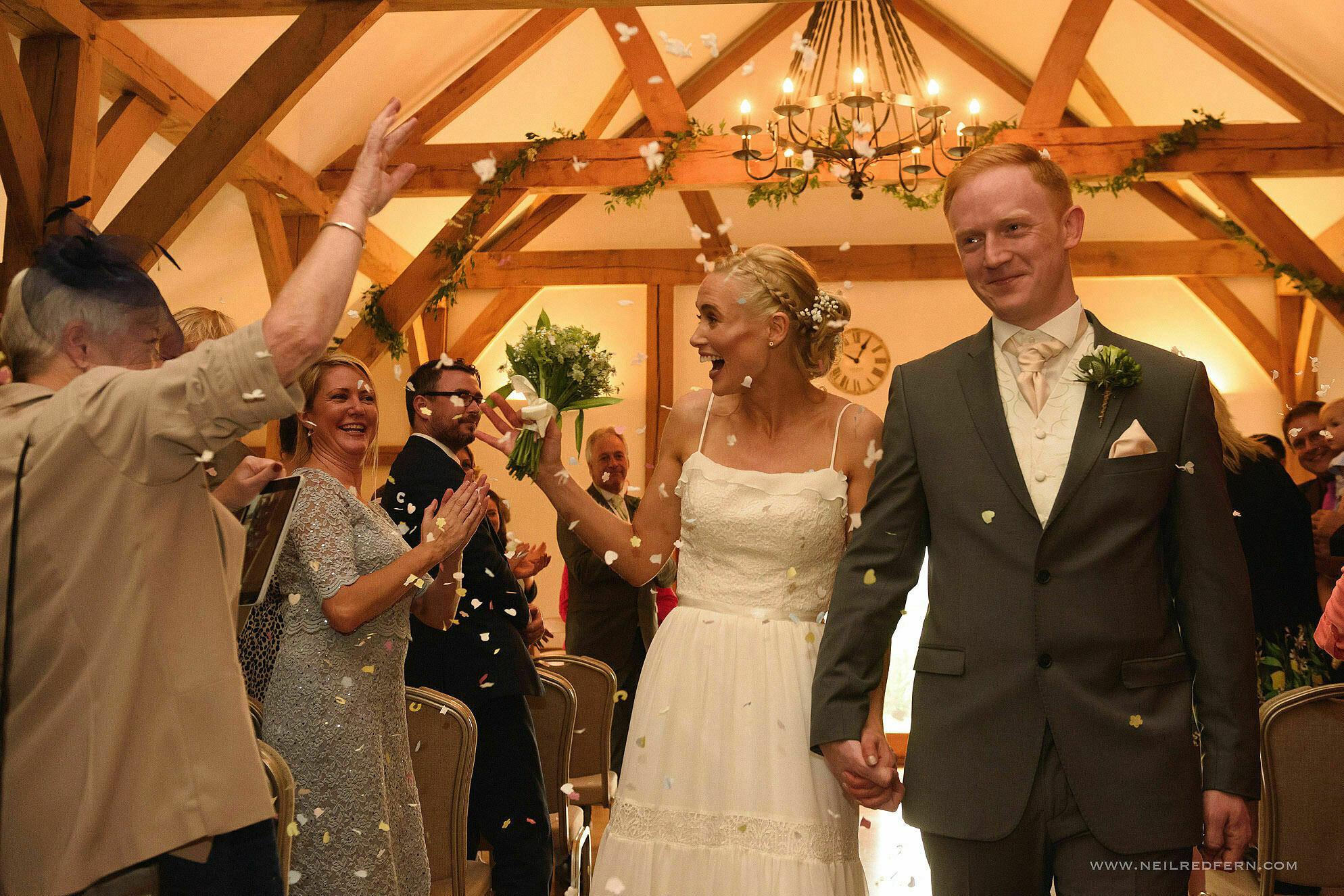 sandhole oak barn wedding photographer 20