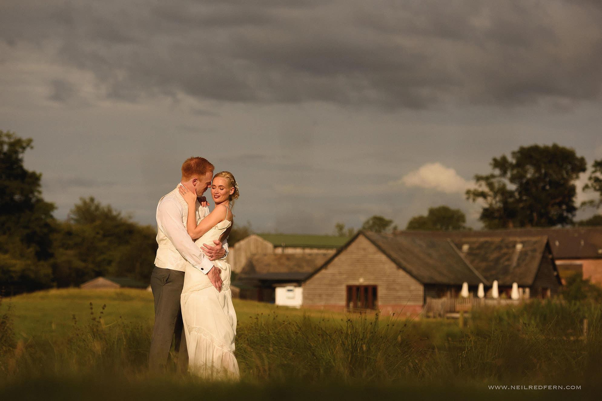 sandhole oak barn wedding photographer 39