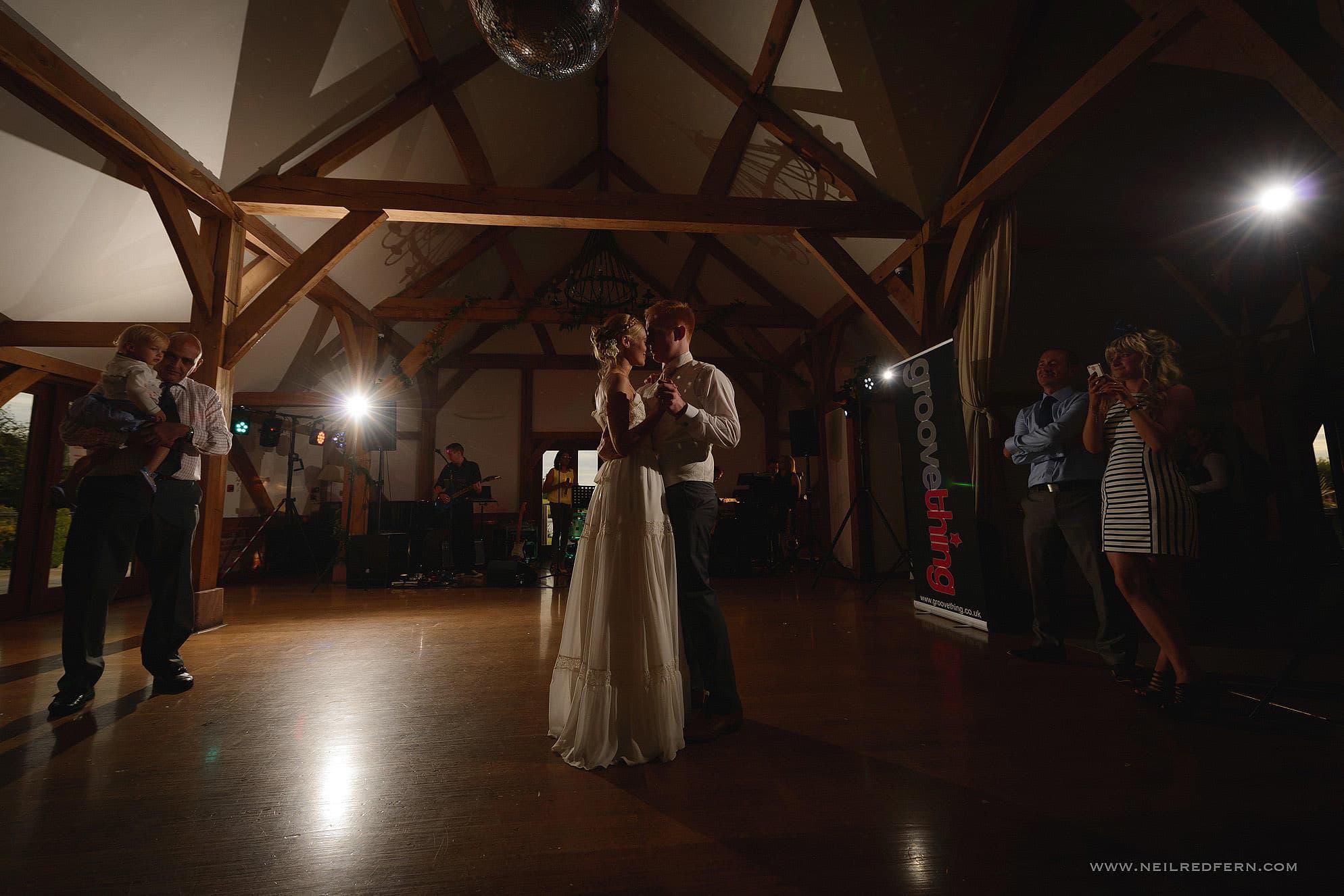 sandhole oak barn wedding photographer 50