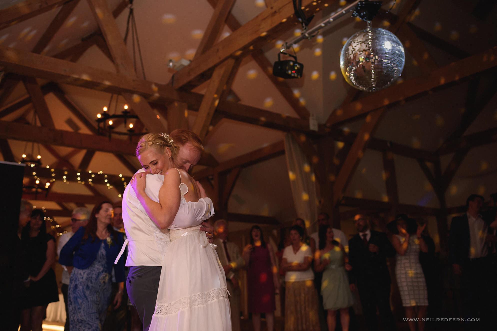 sandhole oak barn wedding photographer 51