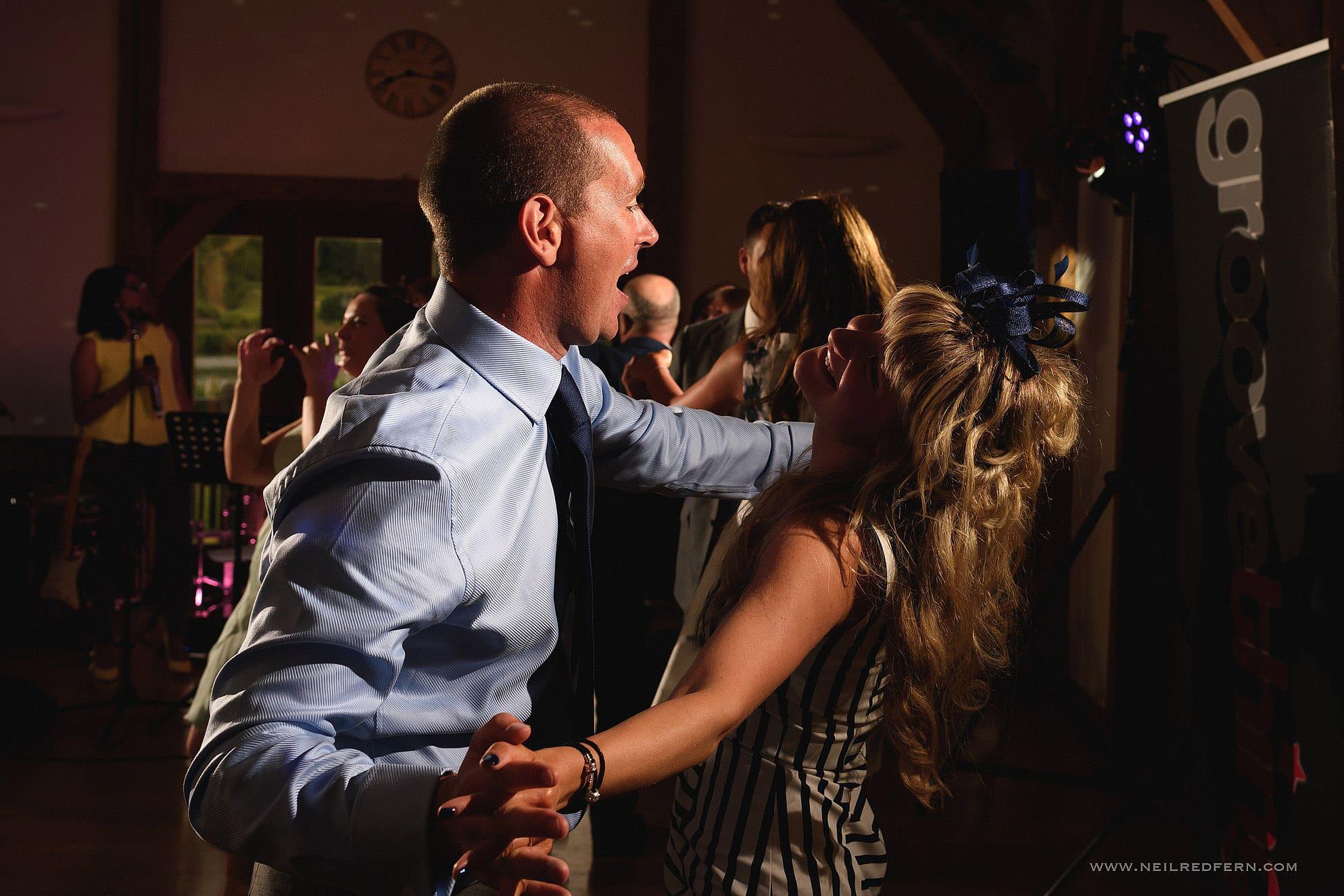 sandhole oak barn wedding photographer 52