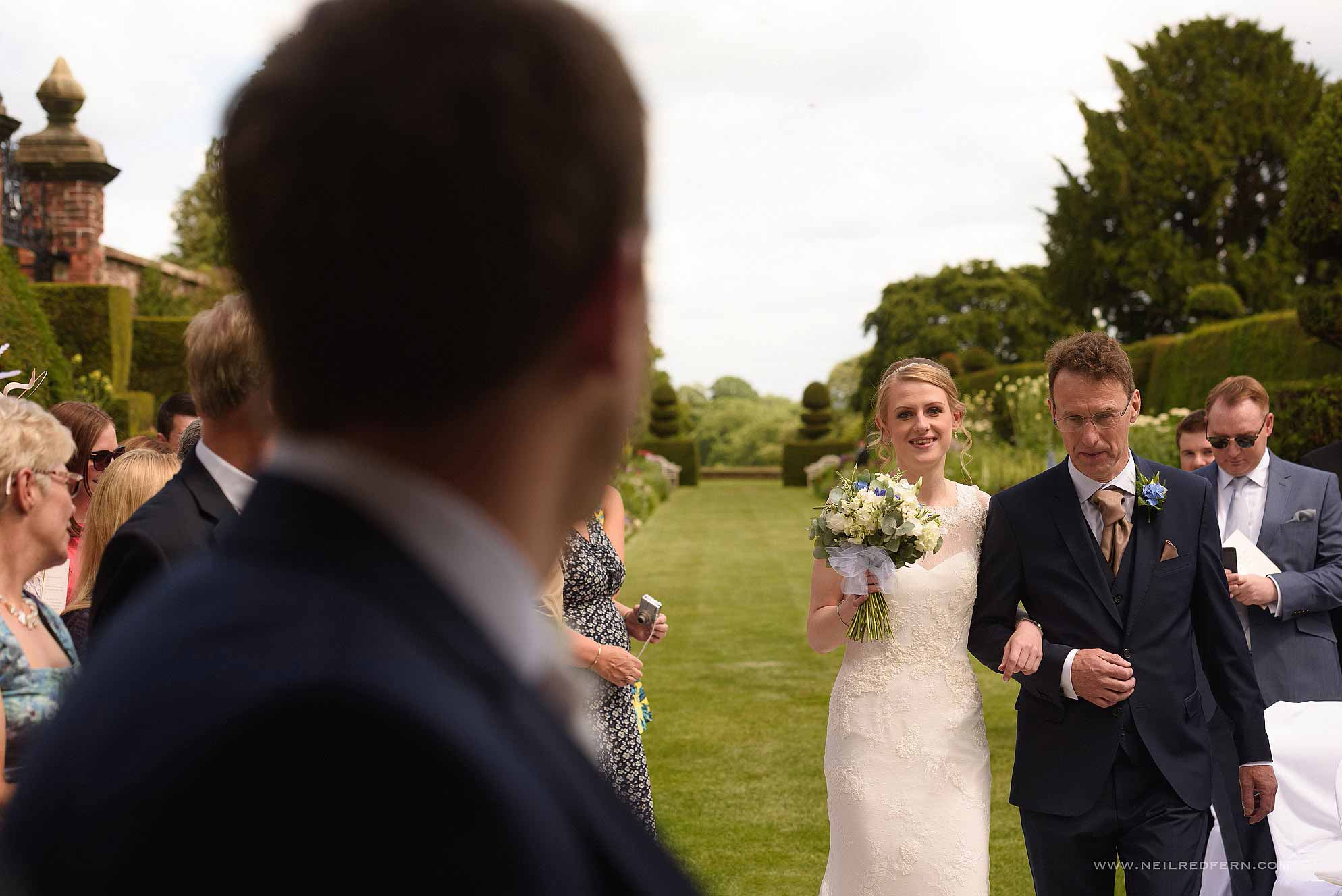 outdoor-wedding-ceremony-in-cheshire-2