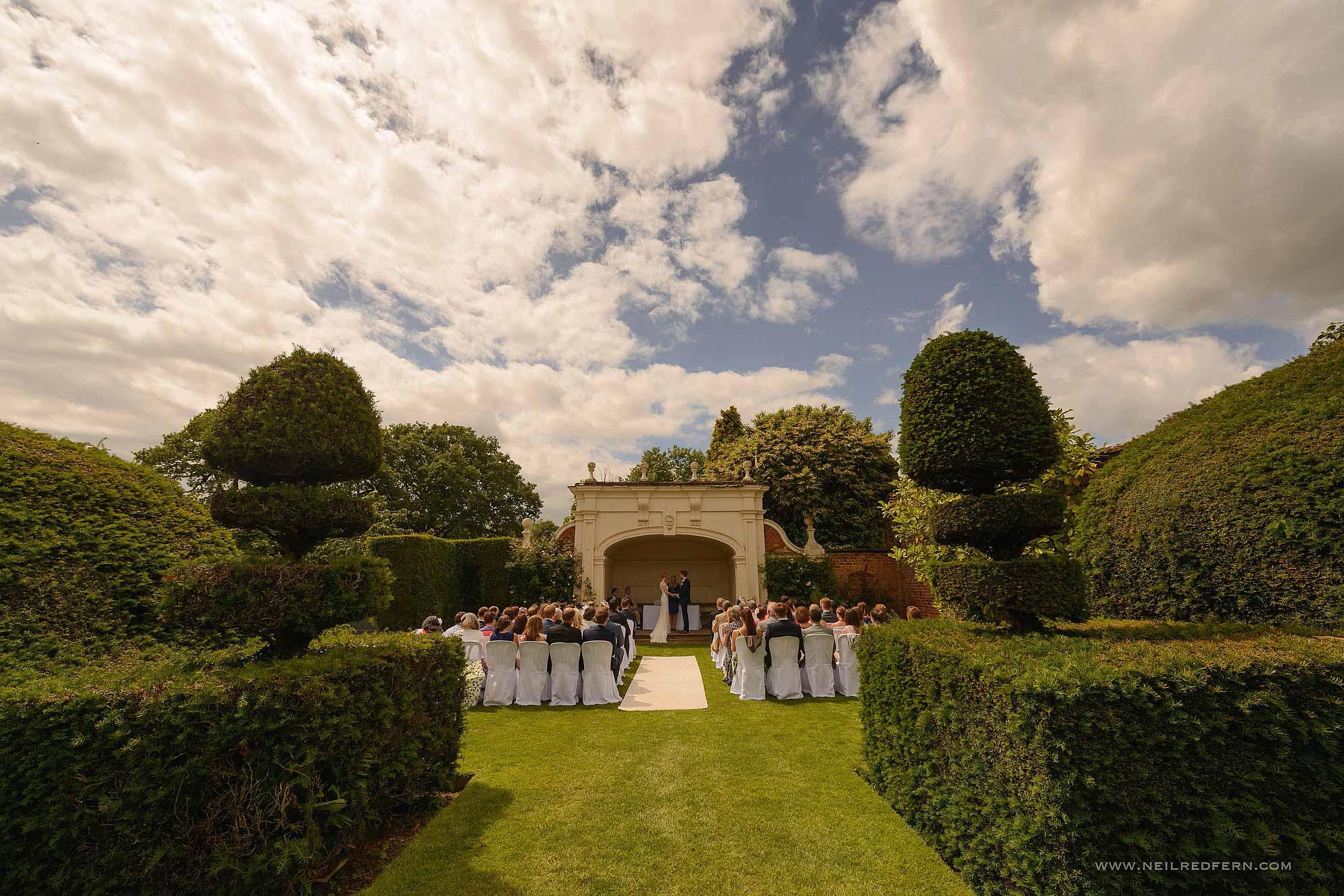 outdoor-wedding-ceremony-in-cheshire-5
