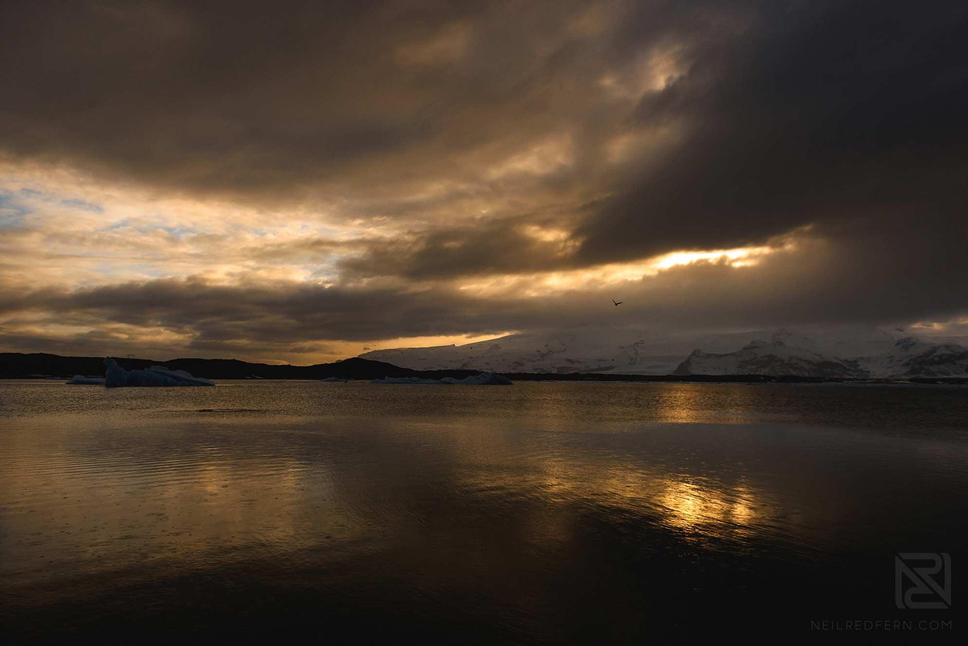 18-Jokulsarlon-lagoon-at-sunset-2