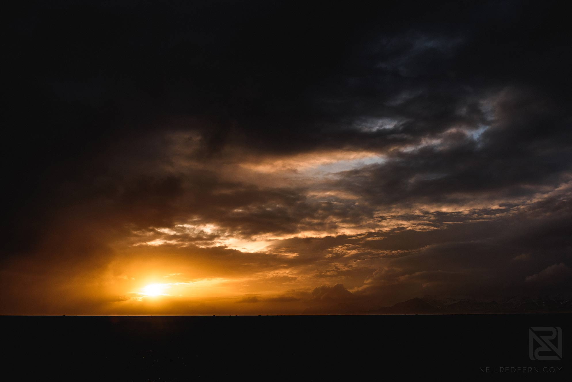 21-photograph-of-sunset-in-Iceland