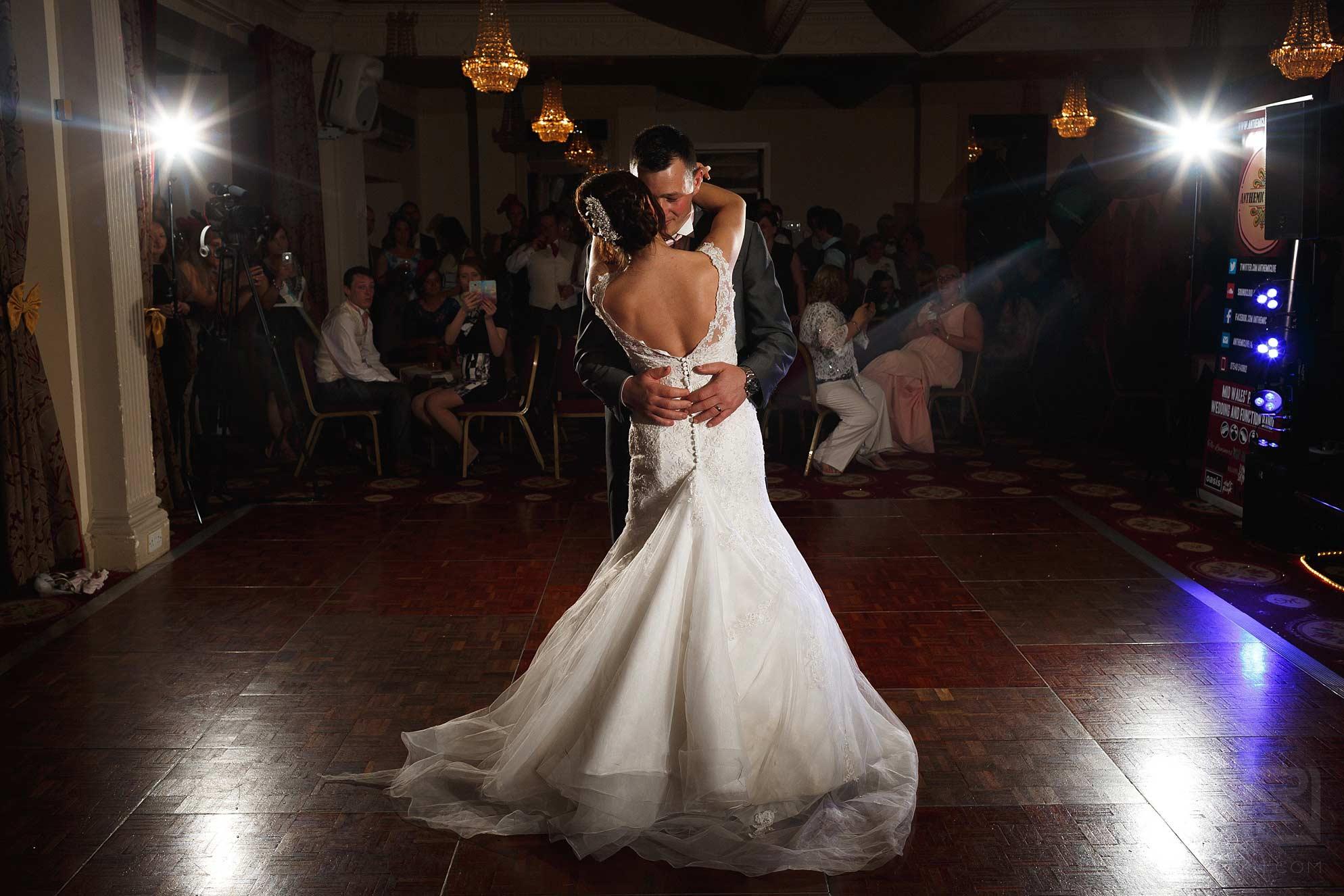 Metropole-Hotel-Llandrindod-Wells-wedding-33