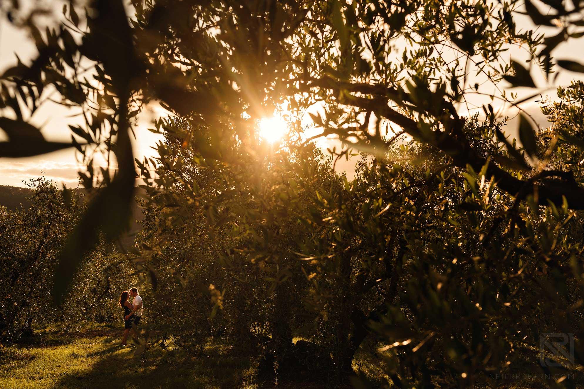 Beautiful Tuscany engagement shoot