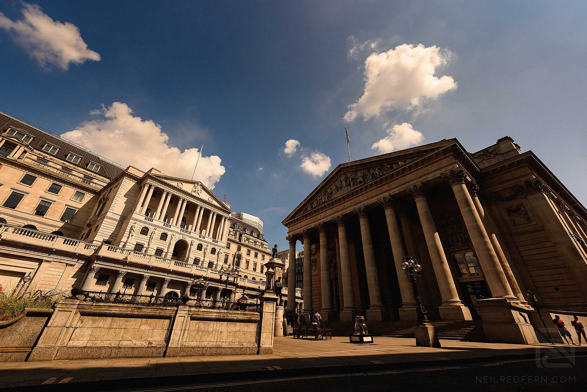 exterior photograph of The Royal Exchange London