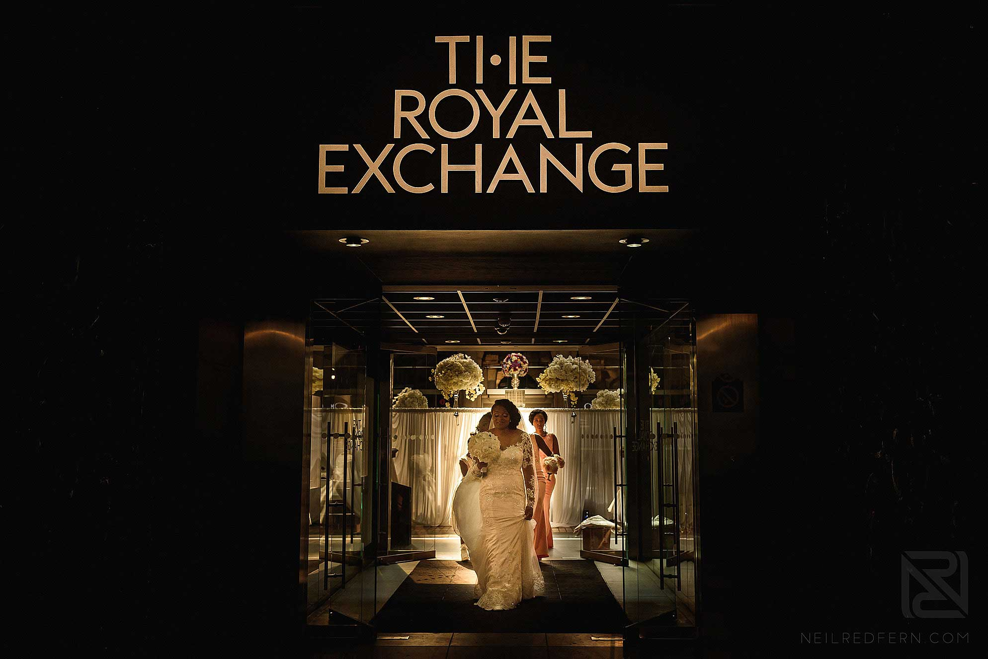 bride leaving The Royal Exchange London