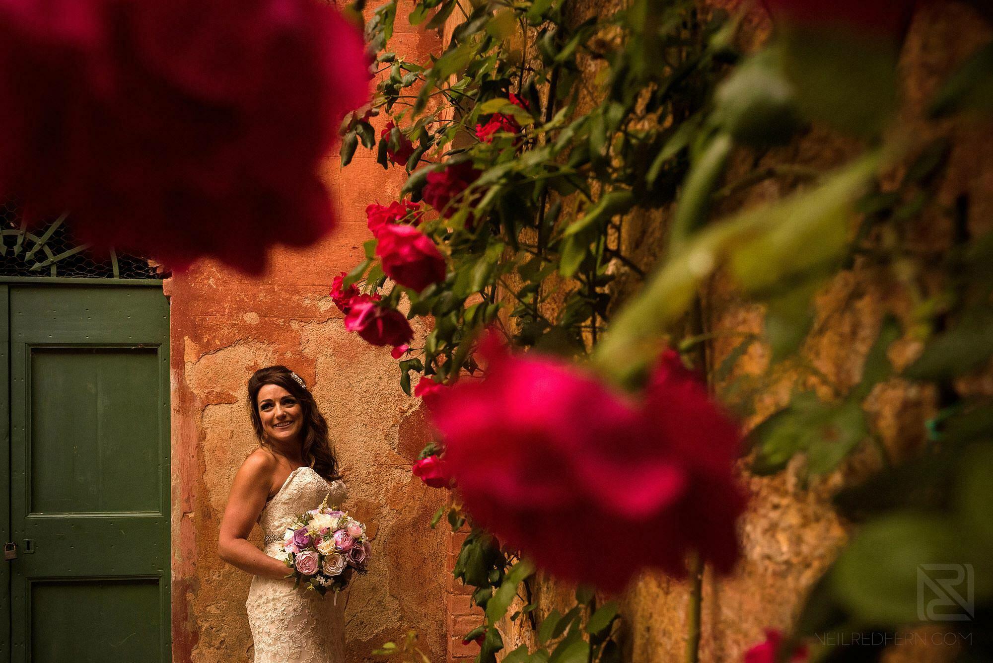 happy bride smiling in Montestigliano