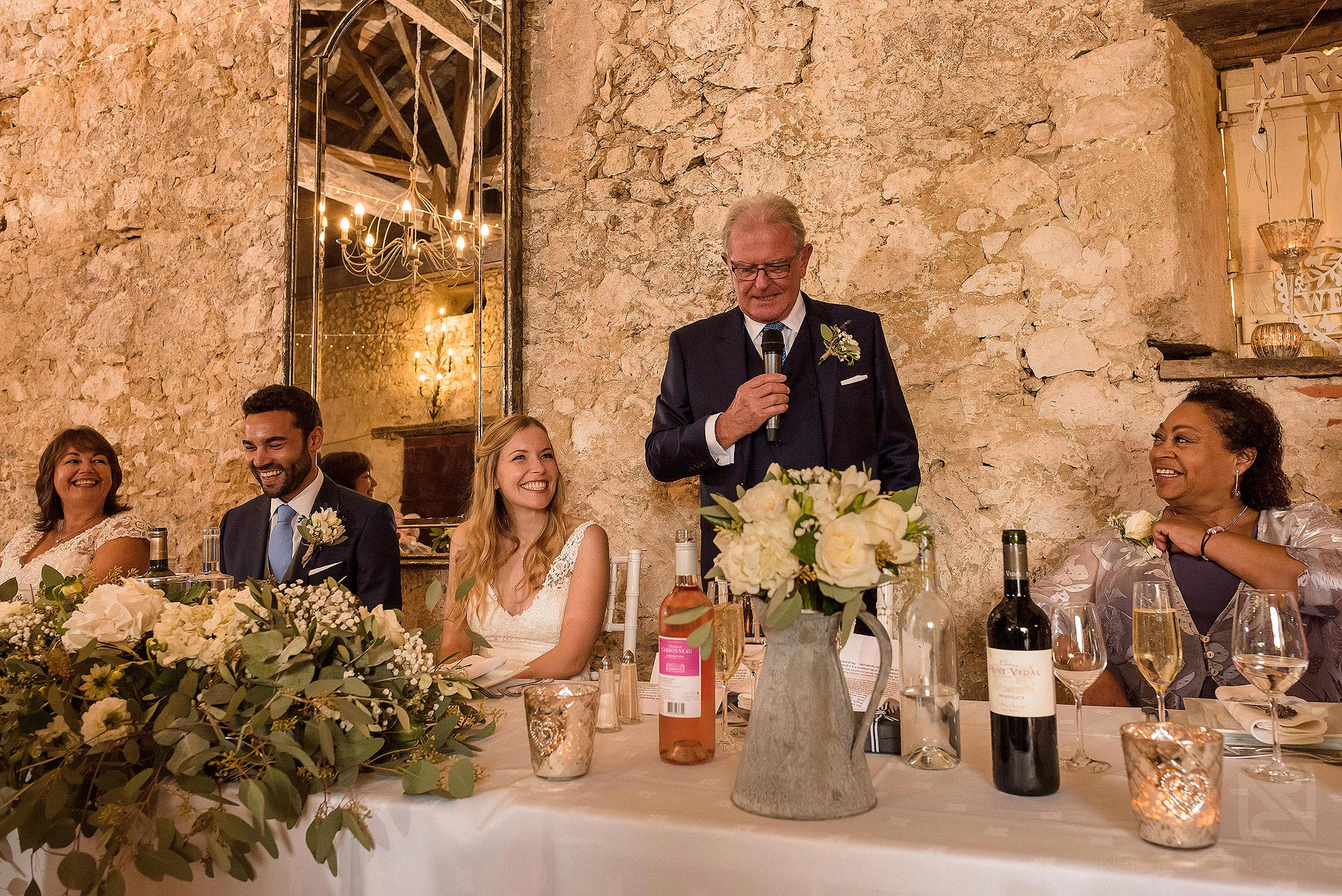 laughter during father of bride wedding speech