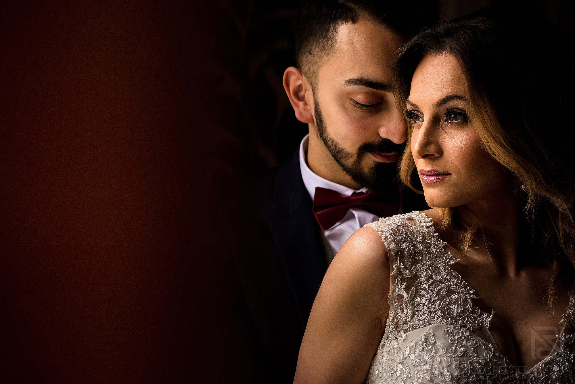 natural light photograph of newlywed couple in the North West