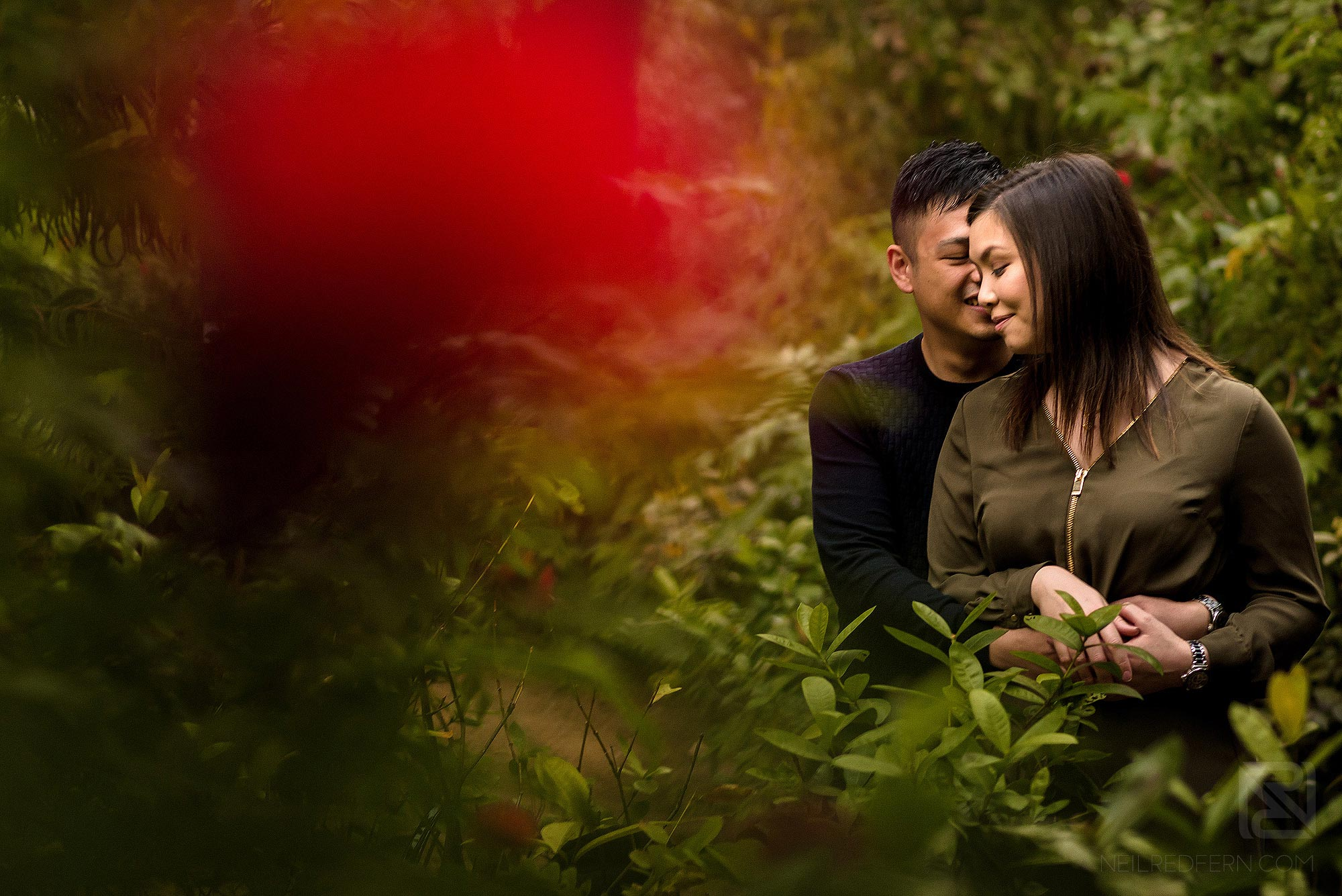 engagement shoot photograph in Kowloon Park in Hong Kong