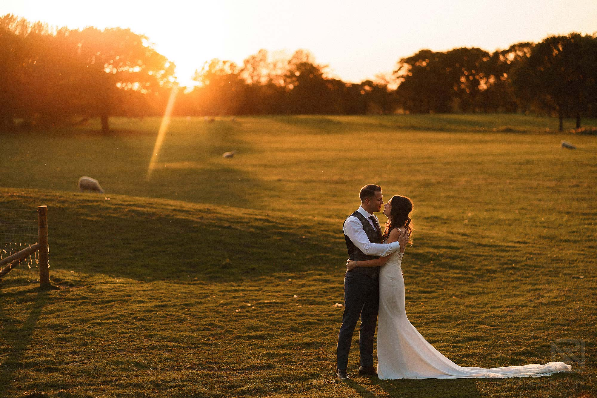 sunset photograph at Merrydale Manor wedding