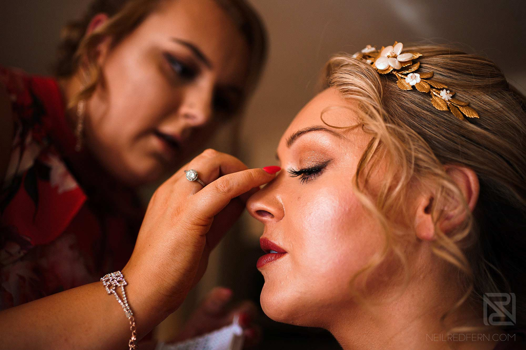 bride getting ready on the morning of wedding